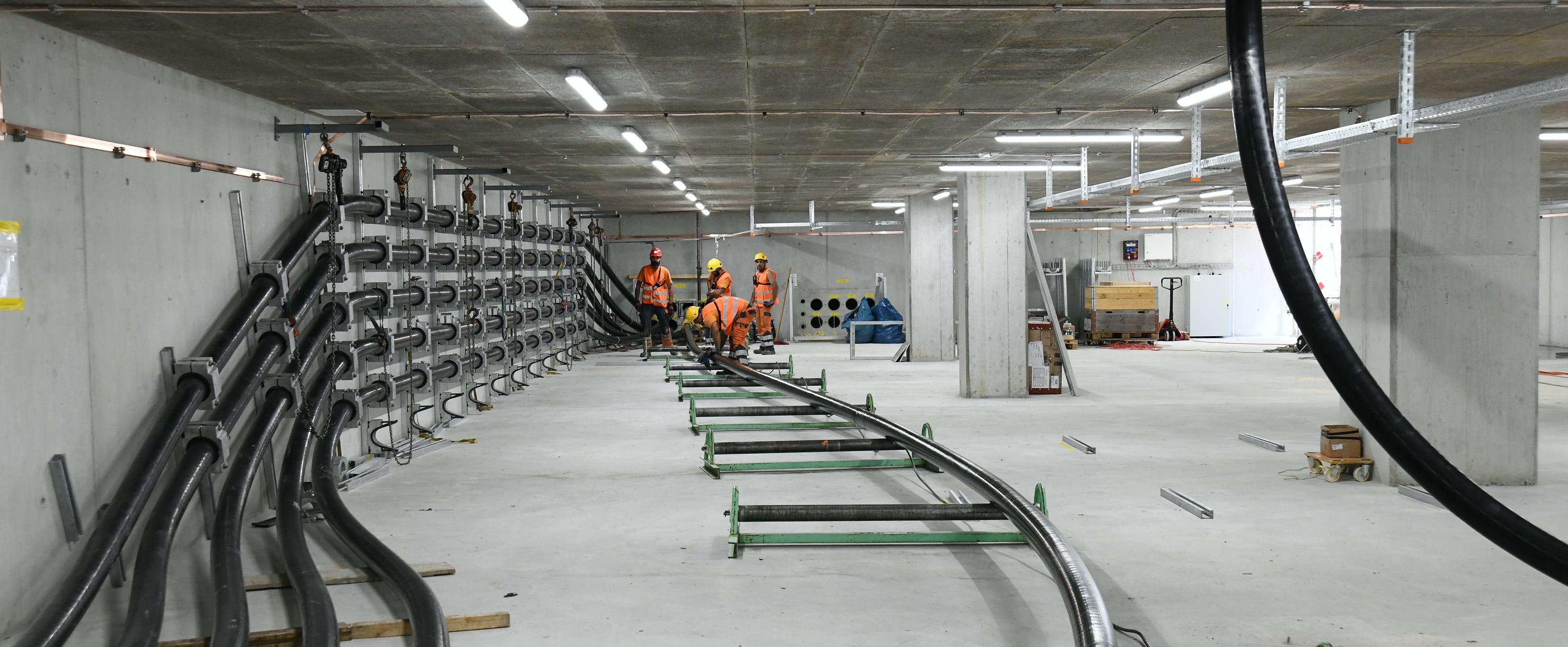Installation of the cables